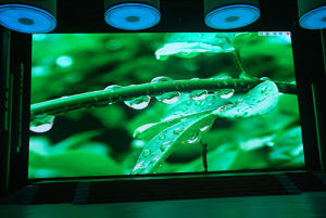 P3 Indoor Full Color Curved LED Display pictures & photos