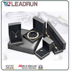 Fashion Necklace Bracelet Pendant Box Silver Earring Ring Body Jewelry Sterling Silver Jewelry Necklace Jewelry (YS331Q) pictures & photos