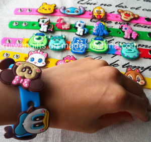 Star Cartoon Soft PVC Bracelet with Holes (BR020) pictures & photos