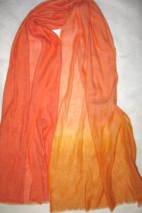 Cashmere & Linien Woven Shaded Shawl pictures & photos