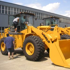 Small Wheel Loader for Sale with Quick Hitch pictures & photos