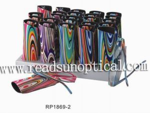 Small Plastic Reading Glasses With Case and Display (RP1869-2) pictures & photos