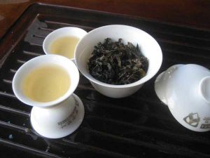 Handpicked Organic Oolong Tea (YX101)
