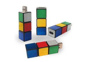Plastic USB Flash Drives, Promotional Items 2GB / 4GB / 8GB / 16GB / 32GB, China Rubik Cube USB Flash Memory for Computer, Color Full Pasters pictures & photos