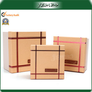 Customized Design Wholesale Manufacturer Square Paper Gift Boxes pictures & photos