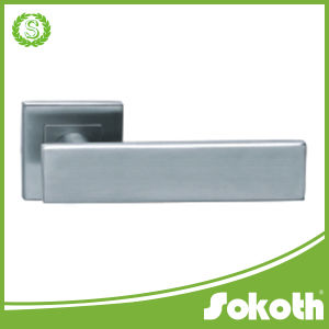 Ss Stainless Steel 201/304/316 Lever Door Handle/ Door Lock 14 pictures & photos
