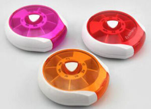 Cute Plastic Electronic Weekly Pill Box pictures & photos