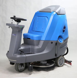 Ride-on Floor Scrubber Machine with Big Tank pictures & photos