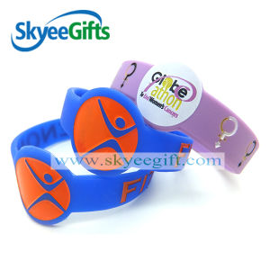 Custom Logo Printed Promotional Silicone Wristband pictures & photos