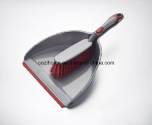 High Quality Plsastic Dustpan with Brush (3421) pictures & photos