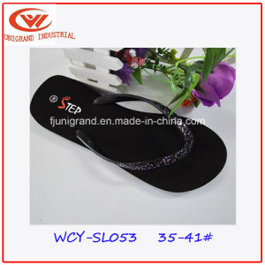 Top Quality Fashion EVA Flip Flops Durable Women PVC Slipper pictures & photos