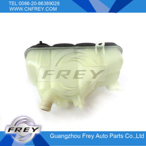 Expansion Tank / Radiator Expansion Tank 2025000649, 202 500 06 49 Used for Benz pictures & photos