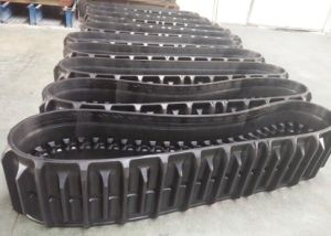 Rubber Track of John Deer Harvester pictures & photos