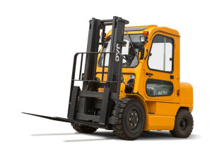3.5ton Diesel Forklift Truck with Cabin pictures & photos