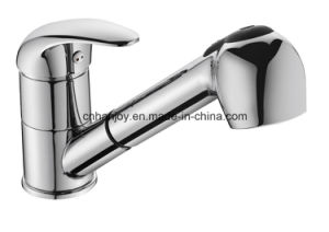 Deck Mounted Single Handle Pull-out Sink Kitchen Faucet (H06-107) pictures & photos