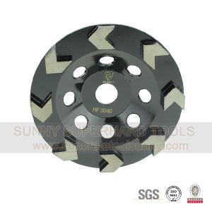 Arrow Segmented Diamond Concrete Grinding Cup Wheel pictures & photos