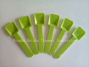 Plastic Ice Cream Shovel Spoon for Children, Dessert Spoon pictures & photos