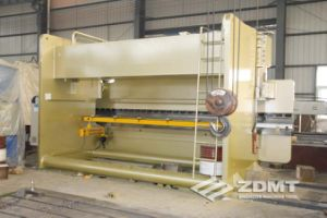 CNC Hydraulic Press brake with Da52s pictures & photos