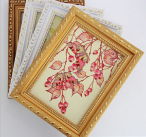Cusotm Wall Hang Wood Frames for Oil Painting pictures & photos