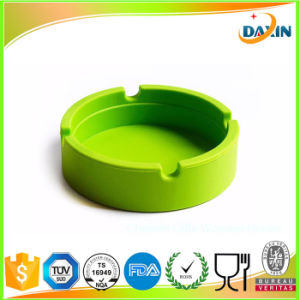 2017 New Soft Colorful Eco-Friendly Round Durable Shatterproof Silicone Ashtray pictures & photos