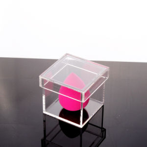 Small Size Square Acrylic Box with Lid pictures & photos