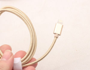 5V 2A Nylon Insulated 8 Pin Lightning USB Cable for Apple Phone pictures & photos