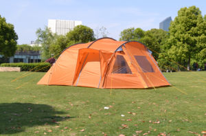 Double Layer Waterproof Camping Tent/Family Tent (EFT-016) pictures & photos