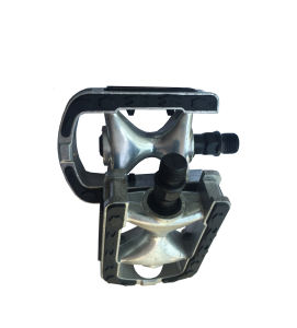 Hot-Sale Aluminum W/Inlaid Non-Slip Bicycle Pedal for Mountain Bike (HPD-024) pictures & photos
