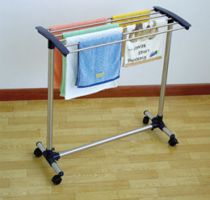 Stainless Steel Towel Rack with Wheels pictures & photos