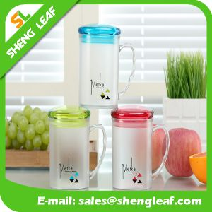 OEM Design Promotion Gifts Plastic Travel Mug (SLF-PM018) pictures & photos