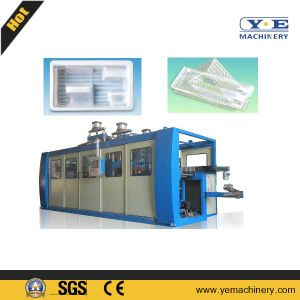 Automatic Plastic Packing Container Thermoforming Machine with Stacker pictures & photos