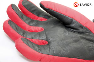 Outdoor Electric Warm Heated Glove with 3 Levels Control S08 pictures & photos