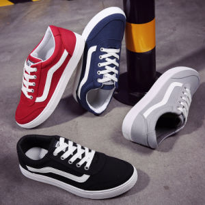 2017 New Model Men Fashion Casual Shoes Breathable European Casual Shoes pictures & photos