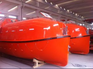 Solas Approved Marine Life Saving Equipment GRP Totally Enclosed Lifeboat pictures & photos
