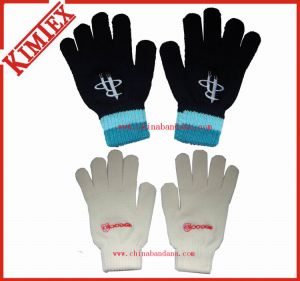 100% Acrylic Promotional Magic Knitted Gloves pictures & photos