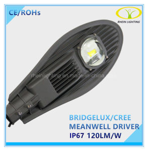 80W Meanwell Driver IP67 LED Street Light with Photocell Control pictures & photos