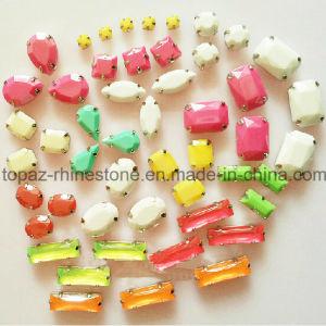 New Popular Sew on Rhinestone Resin Beads Claw Setting Rhinestone pictures & photos
