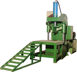 Xinda Waste Tire Recycling Machine 1200mm Whole Tire Cutter pictures & photos