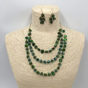 Layers Beads and Chain Necklace and Jewelry Set with Red Stone by Handcraft pictures & photos