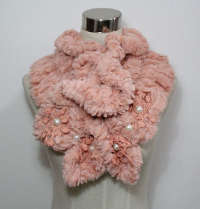 Lady Fashion Polyester Fur Knitted Scarf with Pearls (YKY4365A-2) pictures & photos