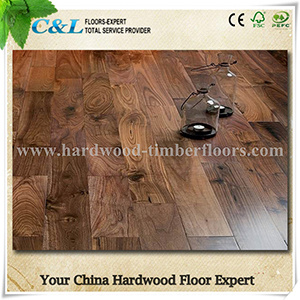 Best Price Smooth American Walnut Hardwood Flooring pictures & photos