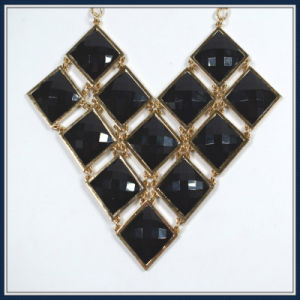 New Item Black Resin Fashion Necklace pictures & photos