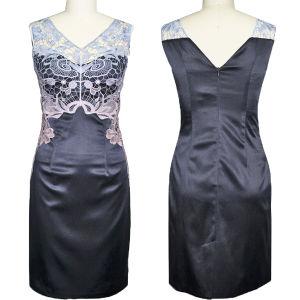 Gradient Soluble Flowers Color V-Shape Dress (1-047-90)