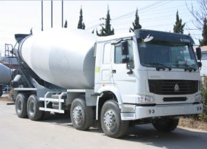 Sinotruk HOWO 12-14 M3 Concrete Mixer Truck with Low Price pictures & photos