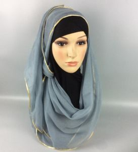 Muslin Cotton Scarf Shawl Gold Edge Muslim Hijab Head Covering Scarf pictures & photos