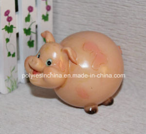 Polyresin Cartoon Pig, Resin Pig Cartoon Statue pictures & photos
