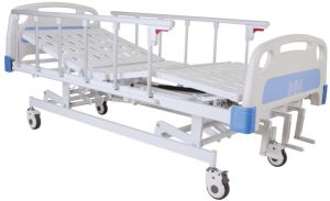CE Certificate Three Cranks Manual Hospital Bed (SK-MB102) pictures & photos