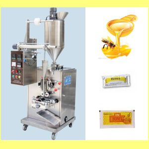 Automatic Liquid/Oil Pouch (Sachet) Filling and Sealing Machine pictures & photos