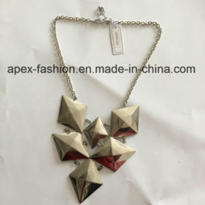 Short Geometric Silver Plated Necklace Fashion Jewelry pictures & photos