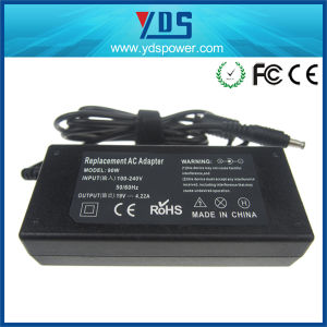 19V 4.22A Laptop Power Adapter for Samsung Ad8019 Laptop pictures & photos